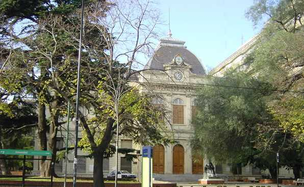 universidad-de-la-plata-rectorado