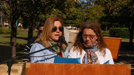 Los docentes Elsa Elías y Elisabeth Gorosito dejaron su mensaje