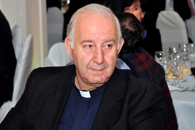 Padre-Carlos-Accaputo
