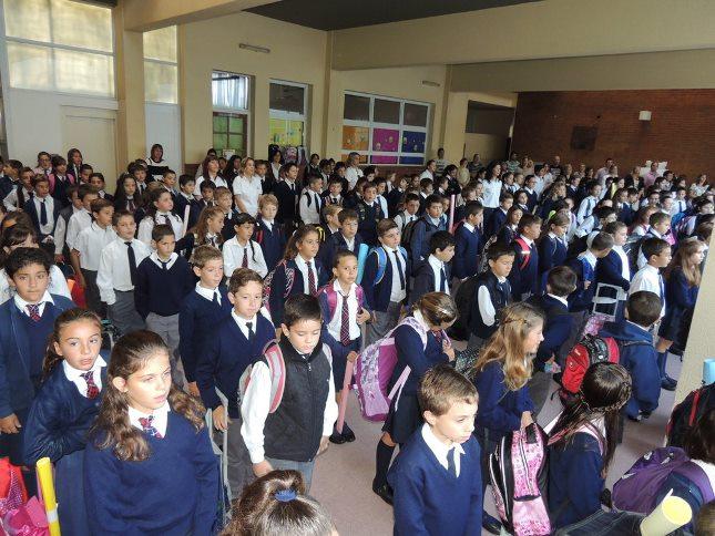 Las clases empezaron normalmente para los colegios privados