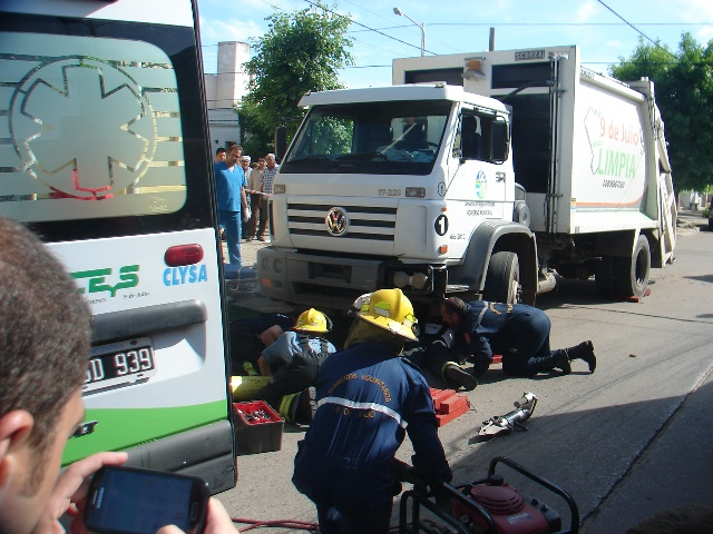 accidente16-camionmoto
