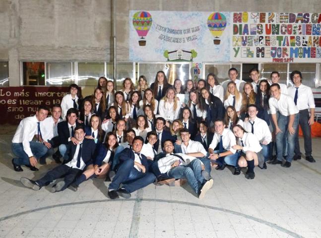 sanagustin-egresados2015