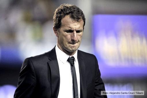 Tras reunirse con Angelici, Arruabarrena dejó la dirección técnica de Boca