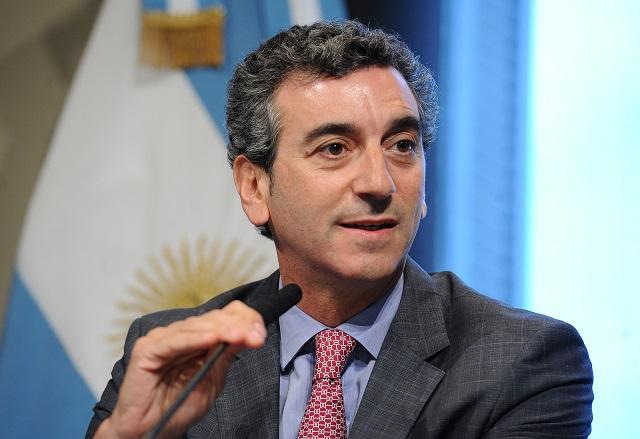 Para Randazzo, UC esconde candidatos y Cambiemos «los problemas del país»