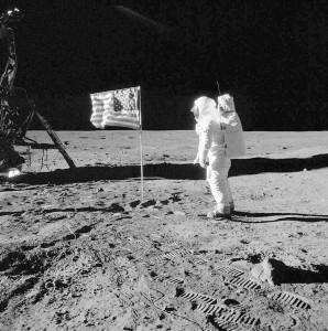 hombre en la luna 2