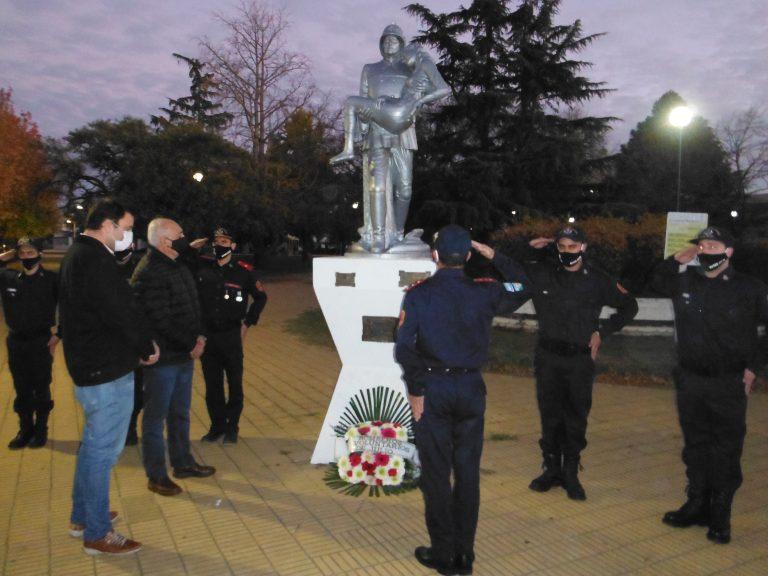 Homenaje a los Bomberos Voluntarios en su día
